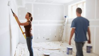 How to paint a room couple painting