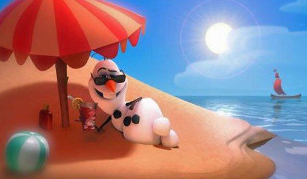 In summer movie still from Frozen