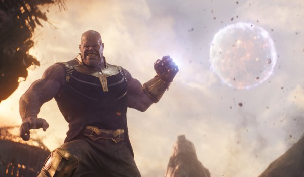 Avengers: Infinity War Thanos uses the gauntlet to throw a moon