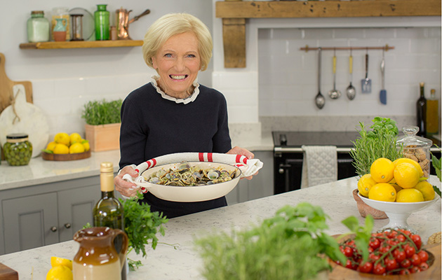 Mary Berry reveals she met this 1980s pop iconic... and had no idea who he was!