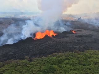 Hawaii Volcano Eruption 2018: News, Maps and Links to Live