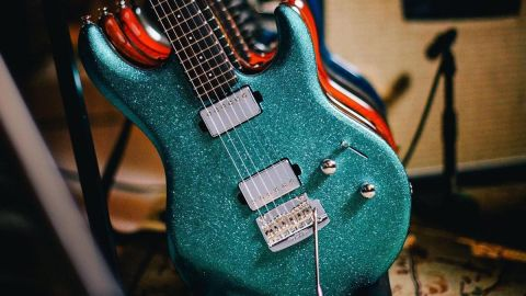 Ernie Ball Music Man Steve Lukather Luke III