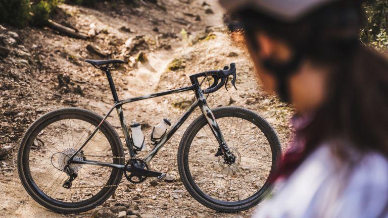 CHPT3 and Vielo gravel bike
