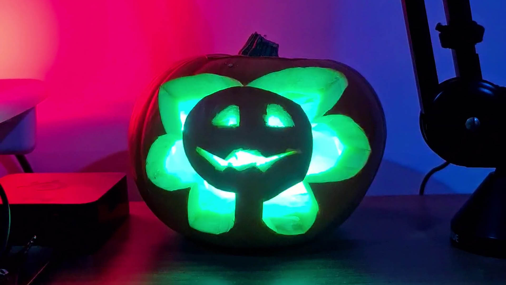 I beat Razer to the ultimate RGB pumpkin and almost burned down my apartment