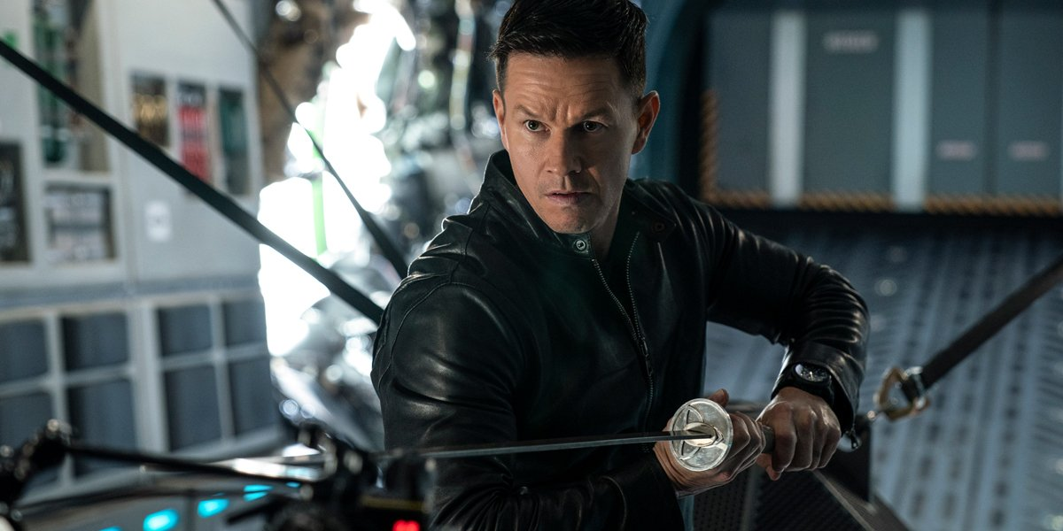 Paramount+'s Infinite Review: Mark Wahlberg's Sci-Fi Thriller Thinks It's A Franchise-Starter, But It's A Big Dud
