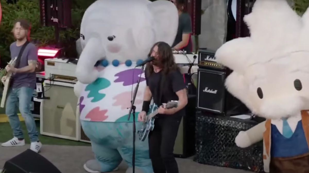 Watch the Foo Fighters perform at Dreamforce 2021 – accompanied by a troupe of fluffy dancing mascots