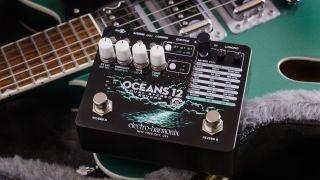 Electro-Harmonix Oceans 12 reverb pedal