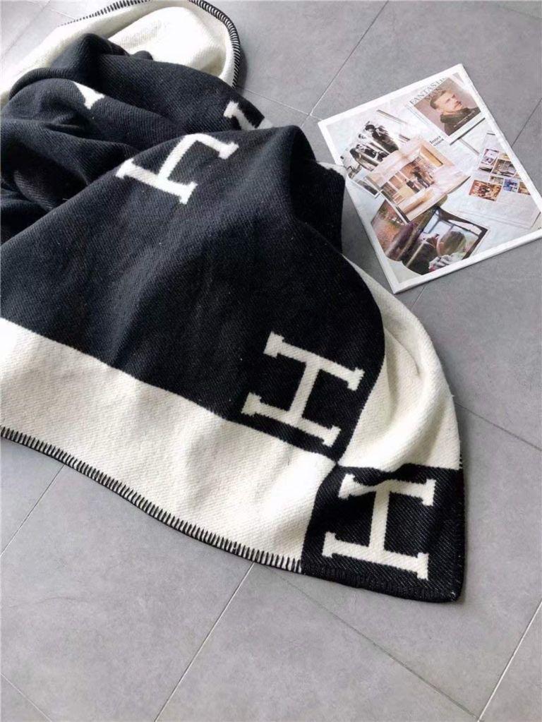 hermes blanket