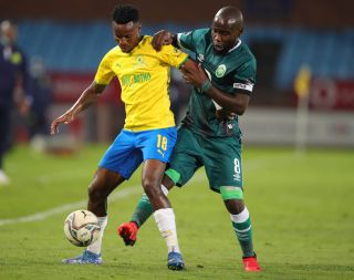 Themba Zwane challenged by Makhehleni Makhaula