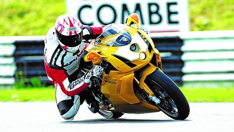 Best motorbike helmet 2021 motorcycle helmet Aria, Shoei, AGV, Bell, Caberg, Shark Scorpion