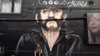 Jules Muck and the Lemmy mural