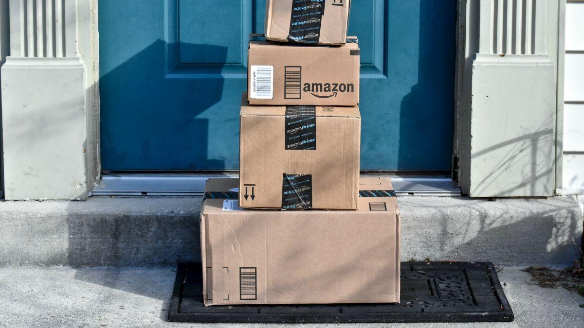 Các nhà cung cấp Amazon sẵn sàng đóng băng lô hàng FBA