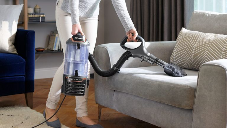 Shark duoclean lift away grey and rose gold vacuum cleaner