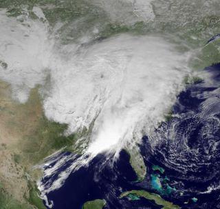 east-coast-storm-110309-02