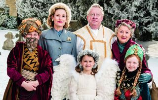 The sleuthing priest (Mark Williams) returns for a special Christmas episode