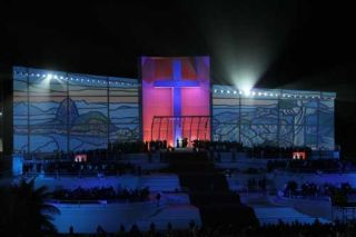 LYNX Supports Pope's World Youth Day Live Event
