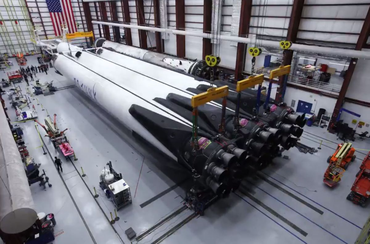 See SpaceX Assemble Its Falcon Heavy Rocket for Arabsat 6A Satellite Launch (Time-Lapse Video)