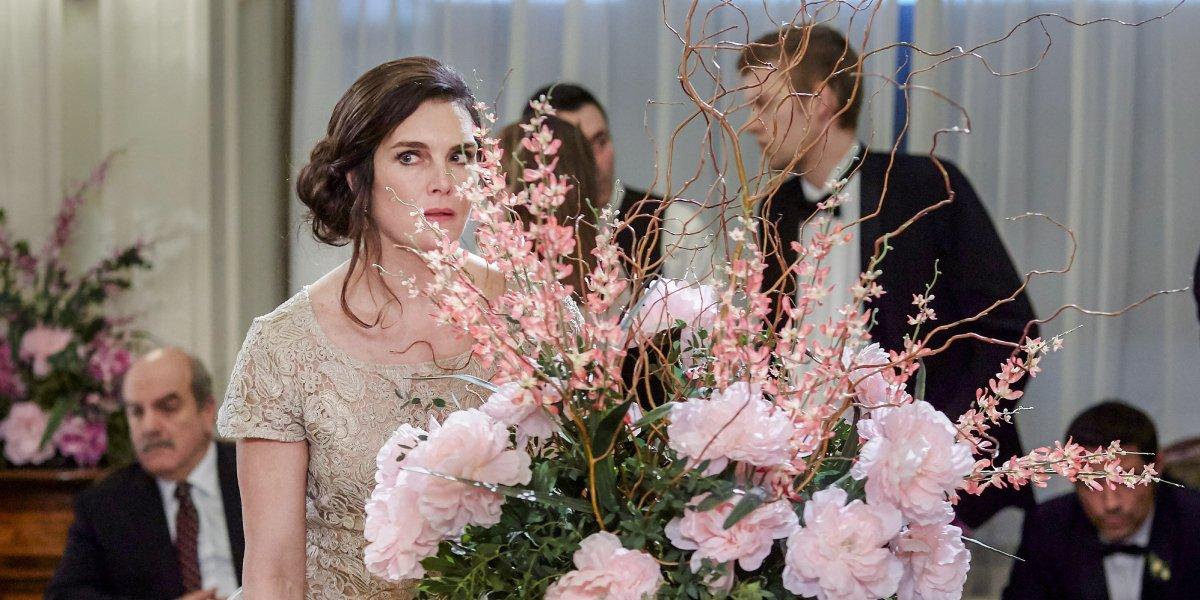 Brooke Shields in Flower Shop Mystery: Dearly Depotted