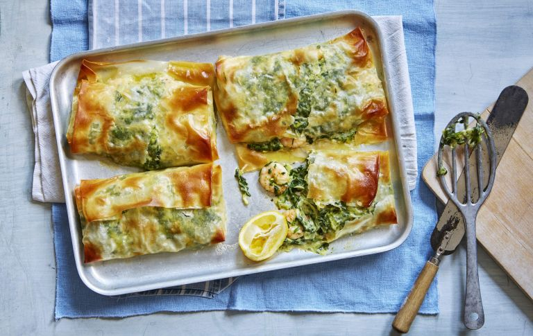 Filo parcels with creamy prawns and spinach