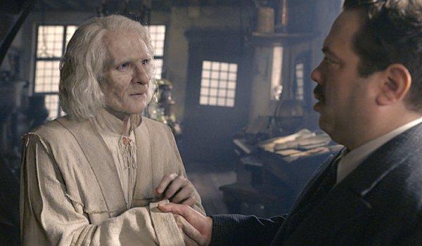 Brontis Jodorowsky as Nicolas Flamel
