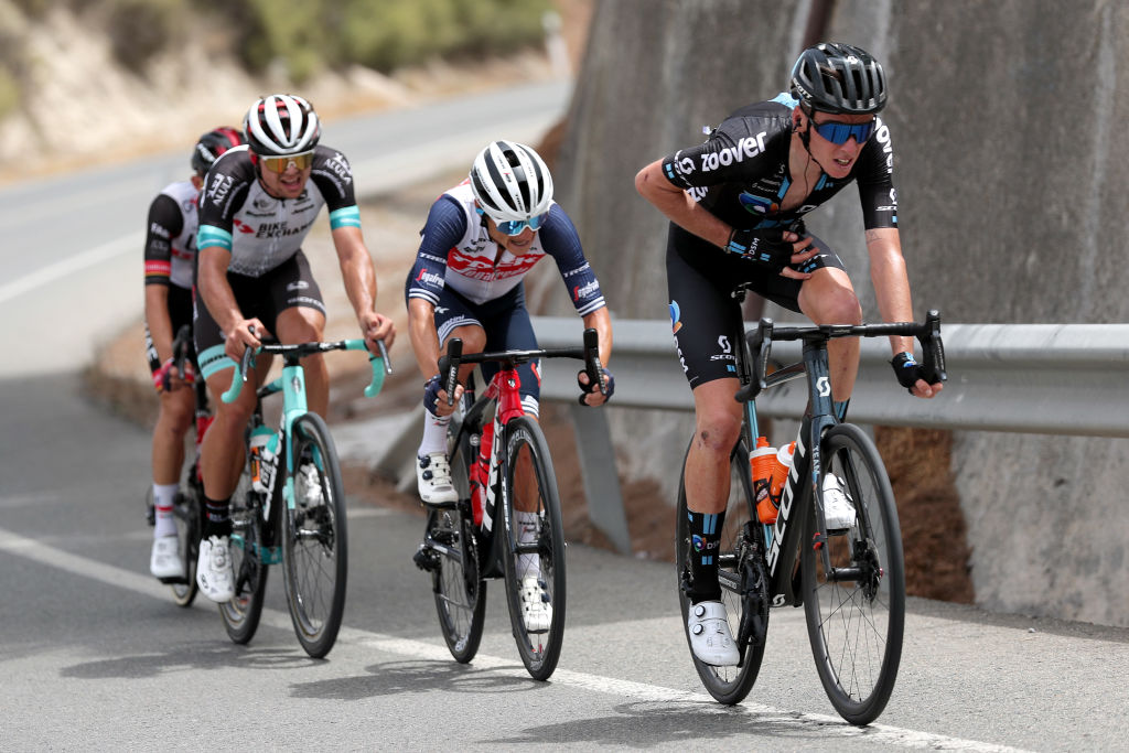 VELEFIQUE SPAIN AUGUST 22 Romain Bardet of France and Team DSM competes in the breakaway during the 76th Tour of Spain 2021 Stage 9 a 188 km stage from Puerto Lumbreras to Alto de Velefique 1800m lavuelta LaVuelta21 on August 22 2021 in Velefique Spain Photo by Gonzalo Arroyo MorenoGetty Images