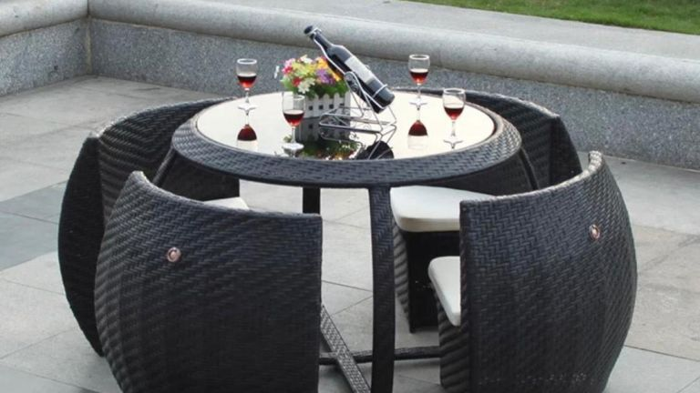4-Seater Round Rattan Furniture Set