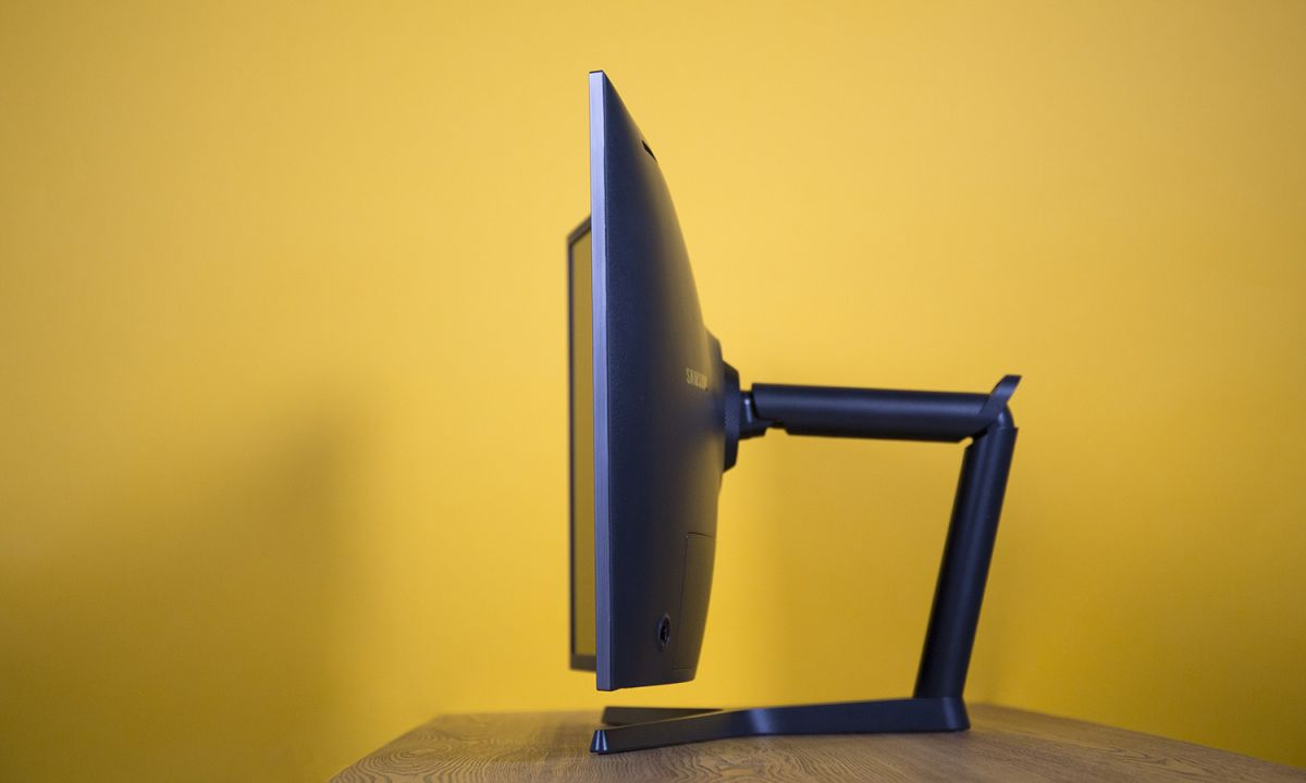Samsung CHG70 Curved Monitor Review: HDR Gaming Excellence | Tom's Guide