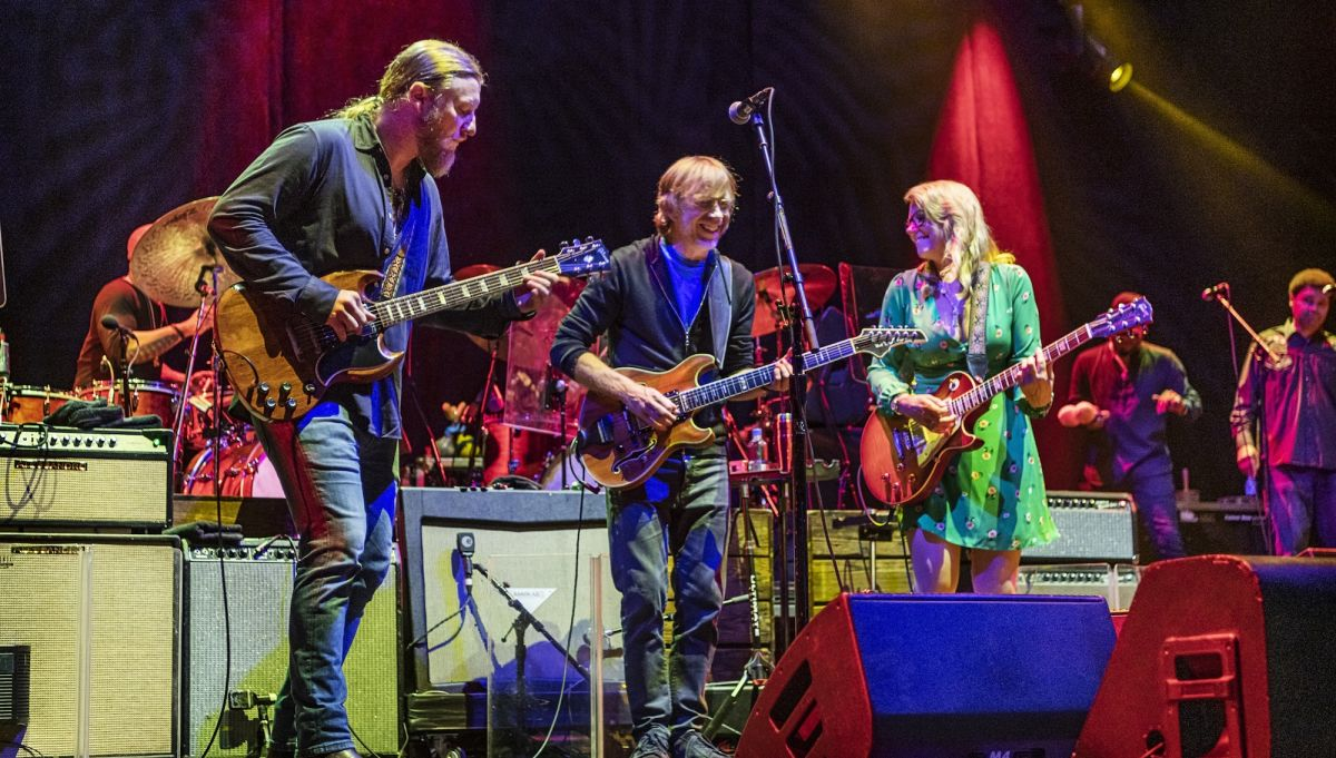 Tedeschi Trucks Band Announce New Live Album, 'Layla Revisited (Live At LOCKN')'
