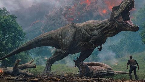 Jurassic World: Fallen Kingdom (M)