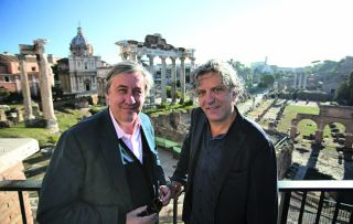 Art critic Andrew Graham-Dixon and chef Giorgio Locatelli return to their beloved Italy but this time they are in the capital. Rome is busy, chaotic and passionate, full of glorious food and timeless art, and both men are in heaven.