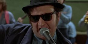 That Time John Belushi Randomly Disappeared From The Blues Brothers Set