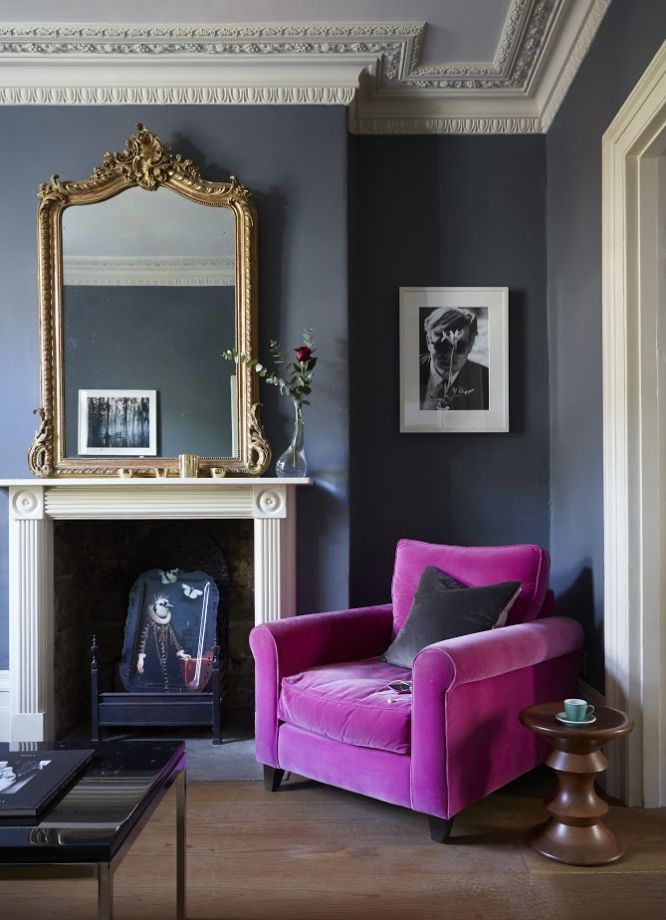 Moody And Dramatic Dark Blue Living Room Ideas and Paint ...