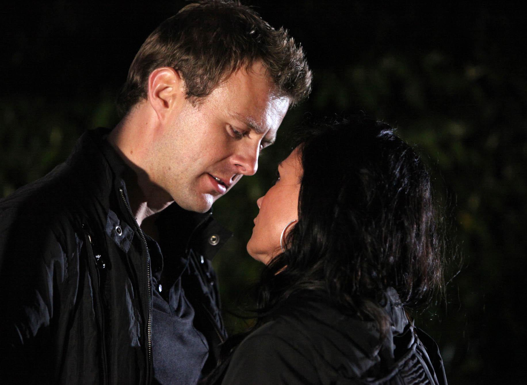 Chas and Carl kiss!