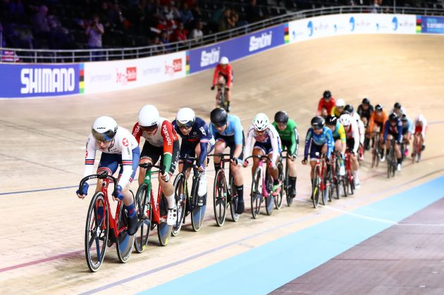 Laura Kenny crashes out of World Championship omnium scratch race - Cycling Weekly