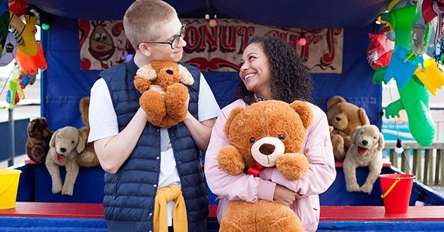 Alfie Nightingale and Jade Albright's imaginary fun day in Hollyoaks