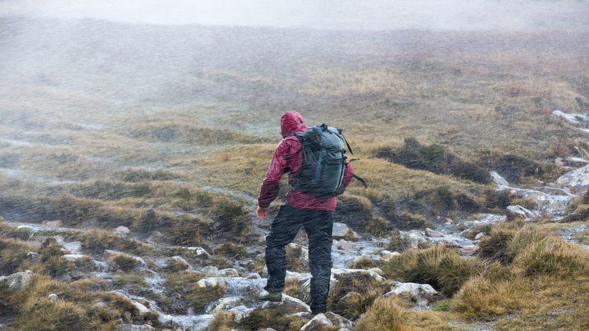 What to do if you get lost hiking? Top tips for your mountain safety