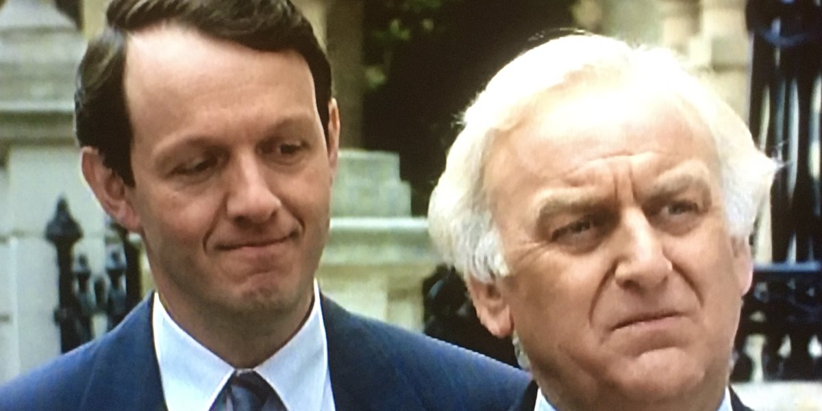 Kevin Whatley and John Thaw on Inspector Morse