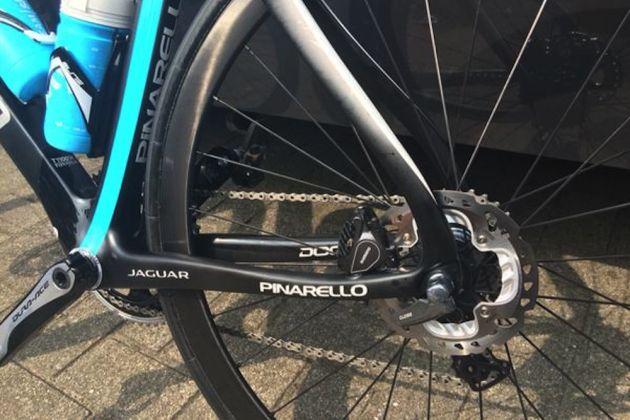 Bernhard Eisel's disc brake-equipped Pinarello Dogma F8
