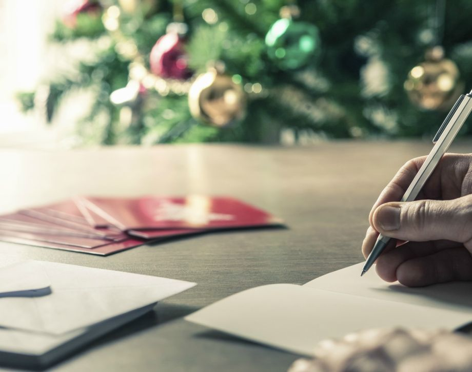 Rules of Christmas Card Etiquette