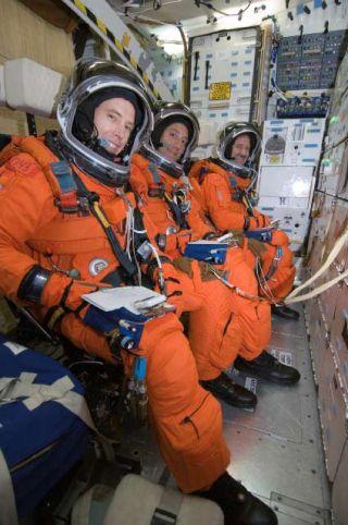 Atlantis Astronauts Gear Up for Risky Hubble Mission
