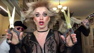 Toyah and some scissors
