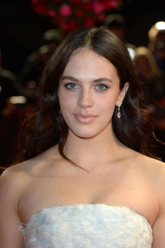 Jessica Brown Findlay Nude Photos 45