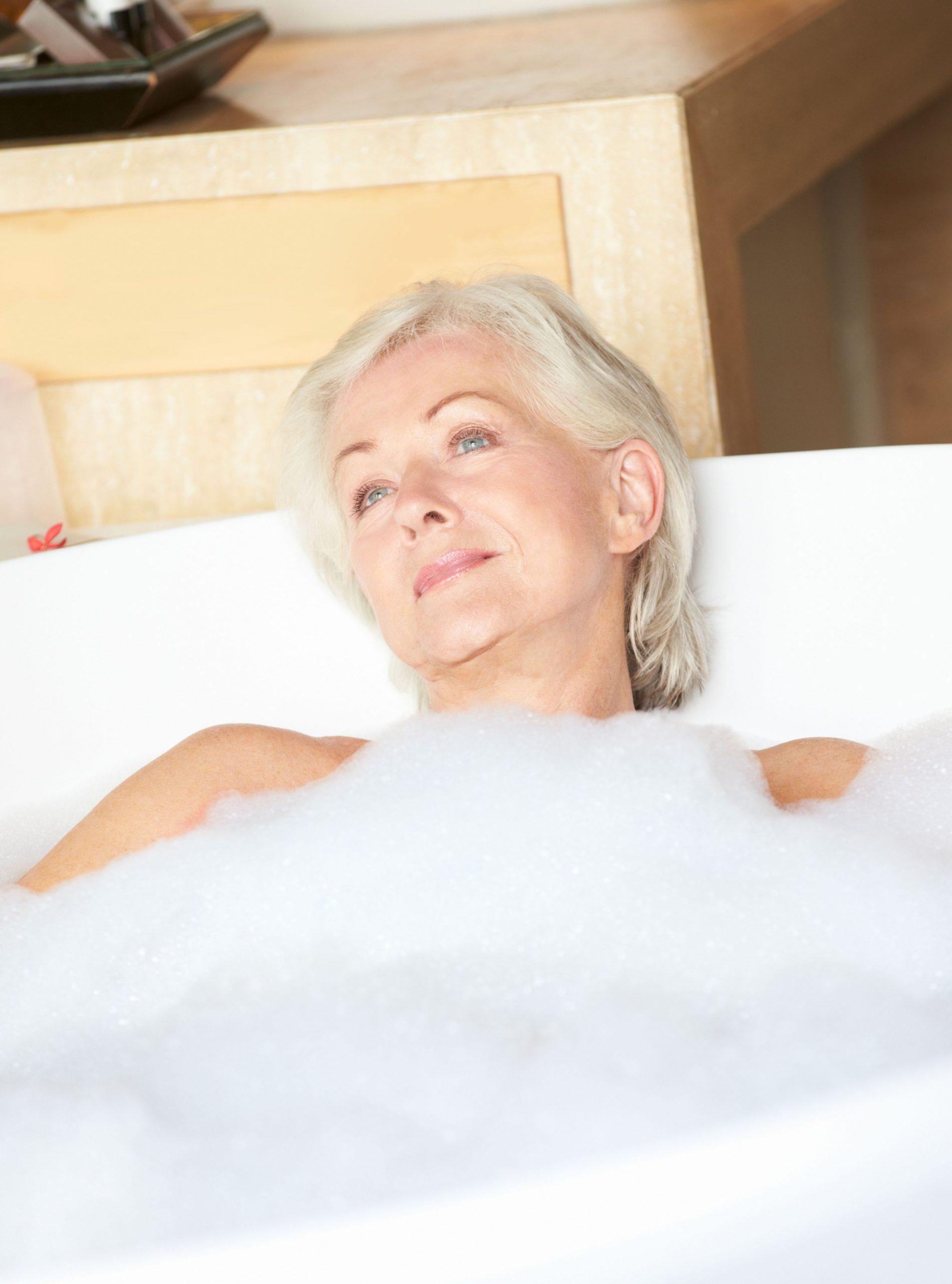 Woman relaxing in bath