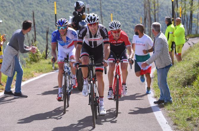 Tom Dumoulin (Team Sunweb) leads Thibaut Pinot (FDJ) and Bauke Mollema (Trek-Segafredo) in the chase of Quintana