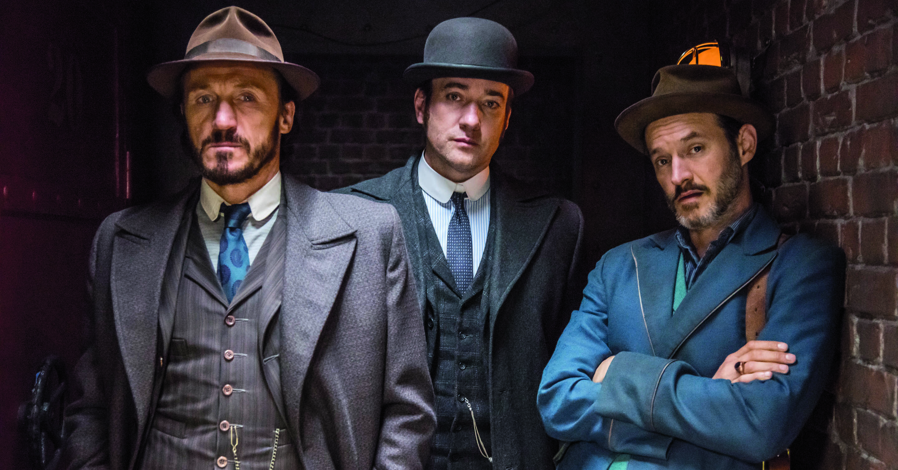 Reid (Matthew Macfadyen) has dusted off his bowler hat to continue the investigation into the murder of a rabbi, which Inspector Drake (Jerome Flynn) regards as cut-and-dried.