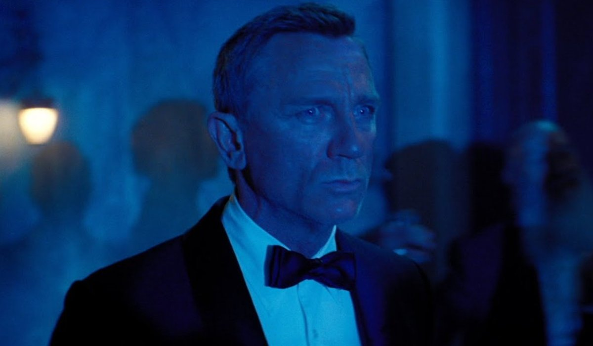 No Time To Die Daniel Craig bathed in blue light
