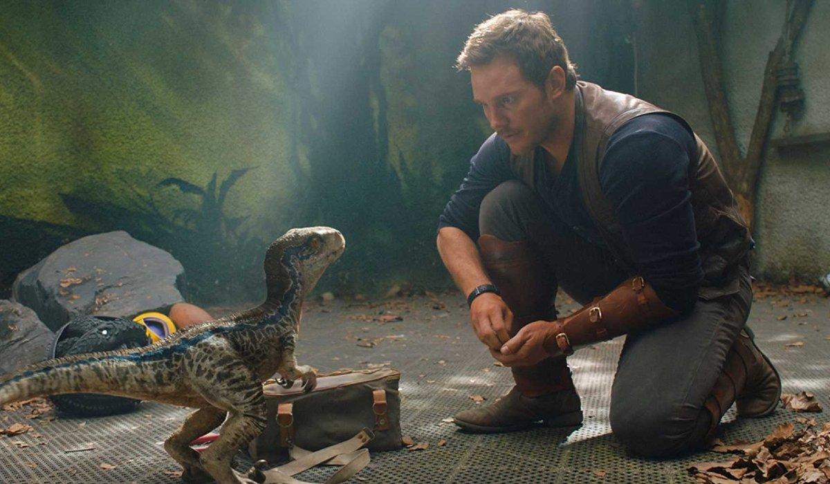 Jurassic World: Fallen Kingdom Baby Blue and Owen bond over food