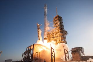 SES-10 Liftoff: SpaceX Launches First Used Rocket