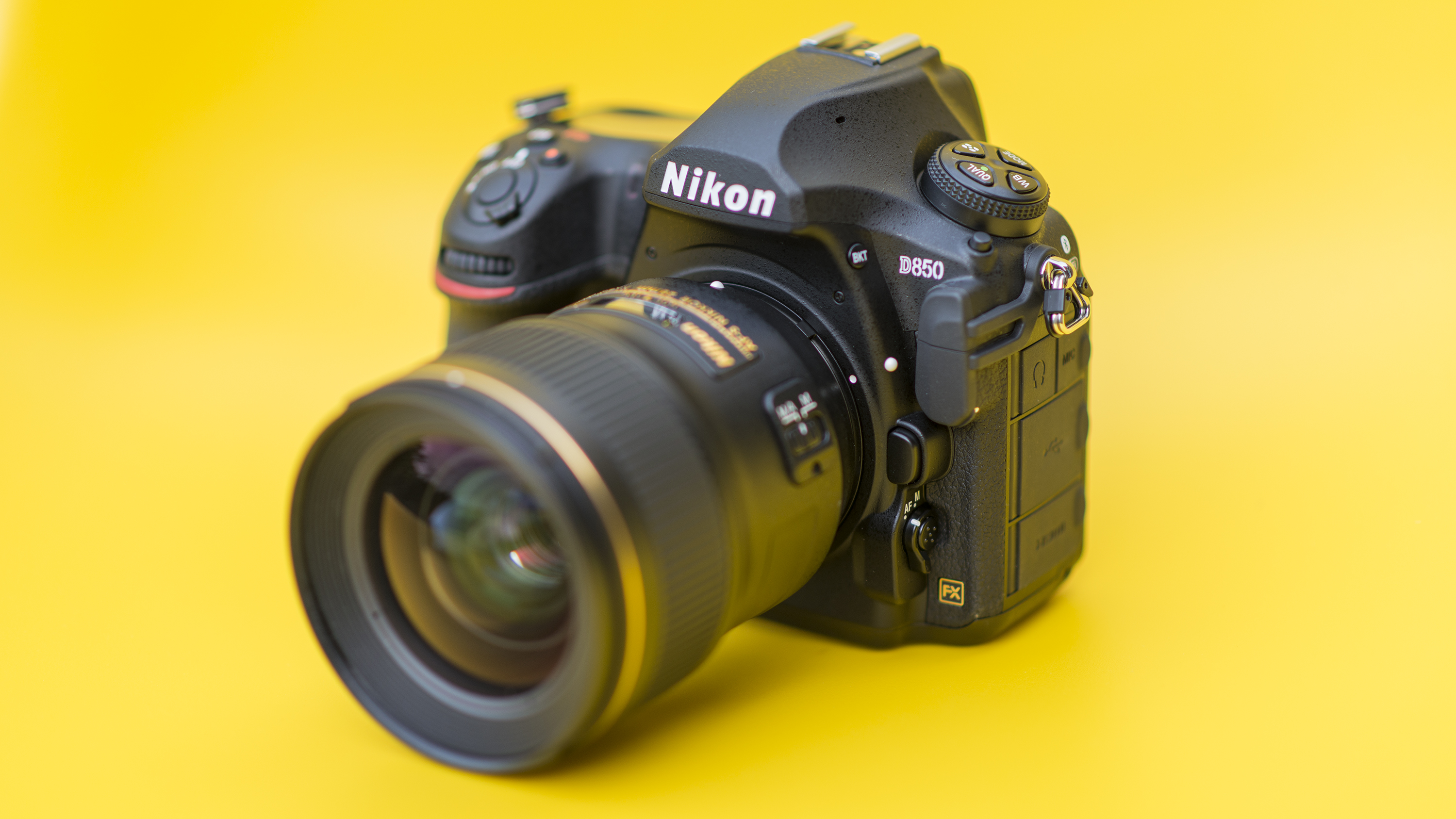 Best full-frame DSLRs and mirrorless cameras 2018