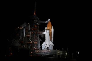 Space Shot Redux: Shuttle Discovery Set for Night Launch